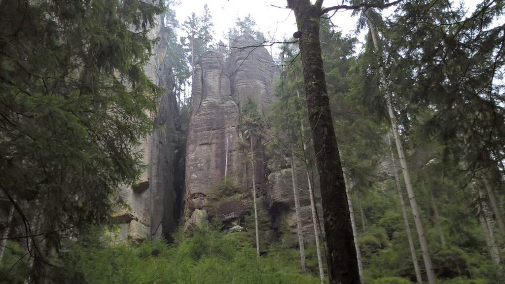 skaly w skalnym miescie