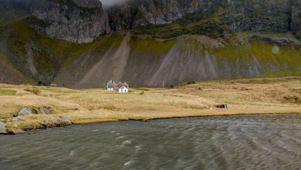 Maly domek na islandii