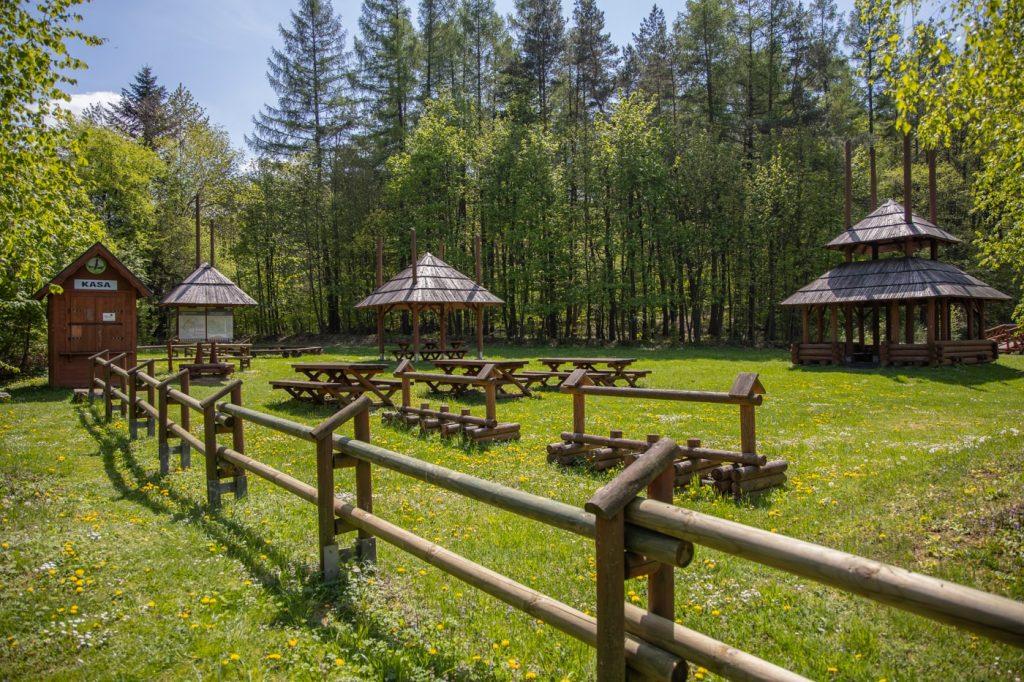 Wejście do Magurskiego Parku Narodowego