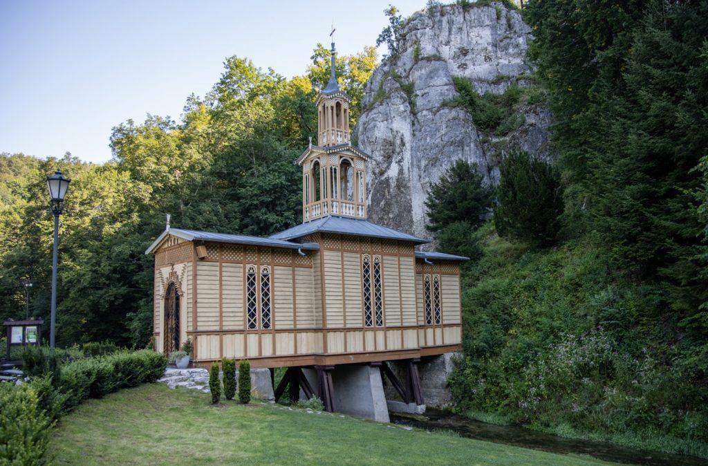 Kaplica na Wodzie w Ojcowskim Parku Narodowym